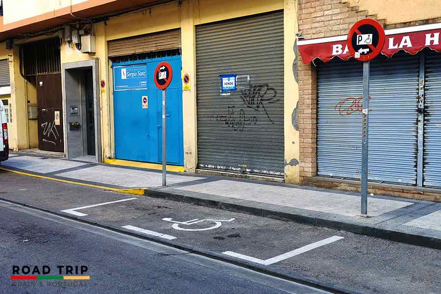 parking in spain: disabled
