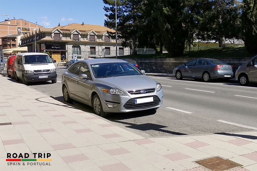 parking in spain: on street car parking